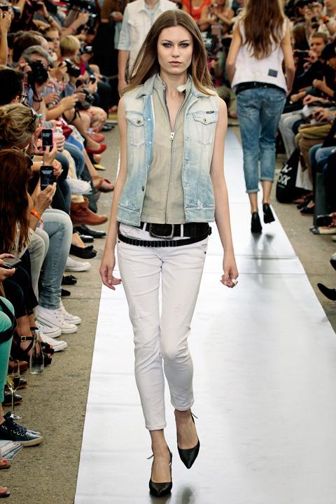 Arizona Jeans For Women